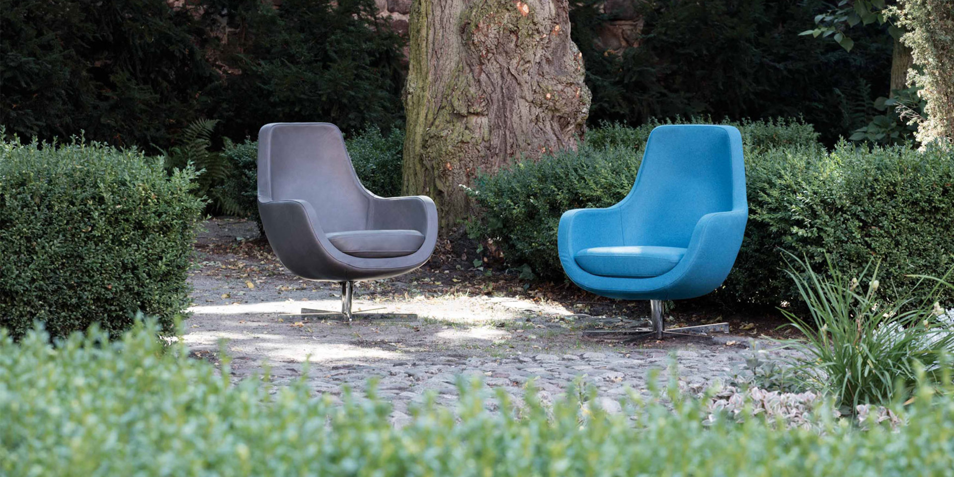 sits-stefani-ambiance-armchair_aniline_grey_panno2240_turquoise_3_0
