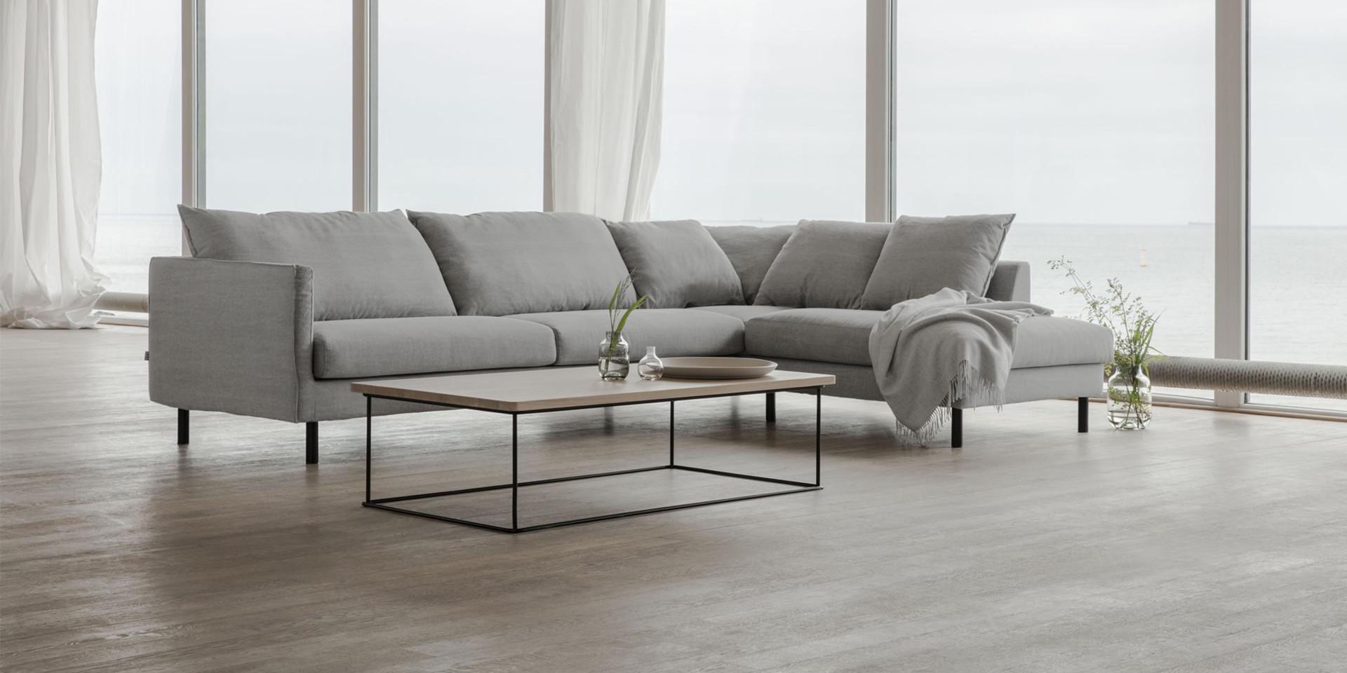 BIANCA_arrangement_set2_big_small_cushions_kiss4_light_grey_3