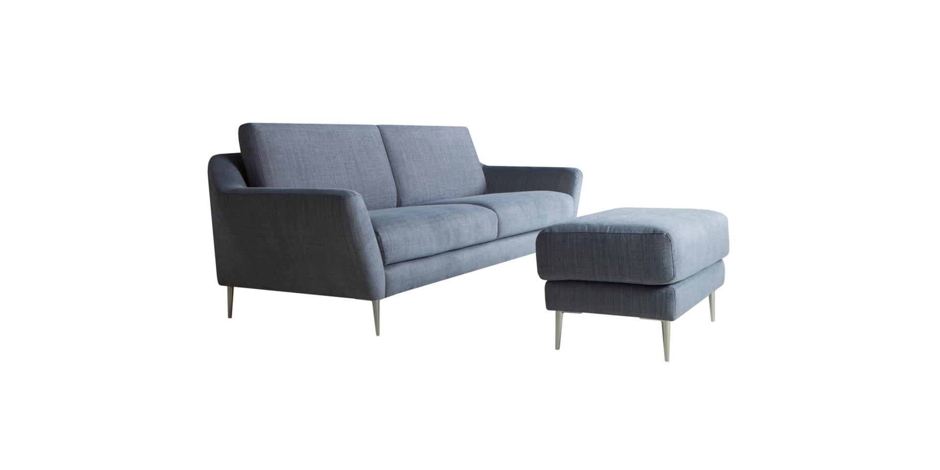 AGDA_3seater_footstool_mattis45_blue_3