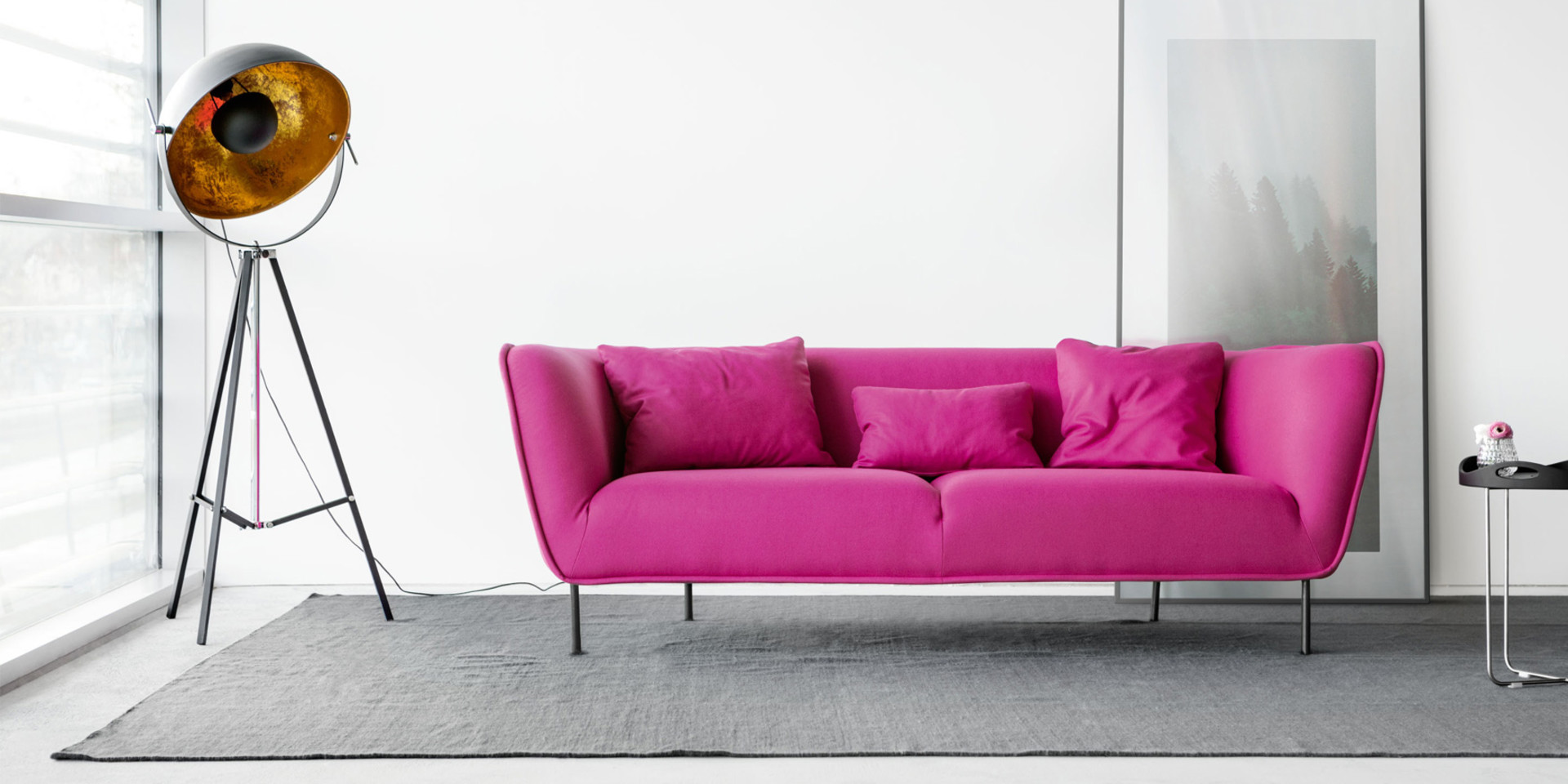 MAJA_arrangement_3seater_panno2026_pink_4