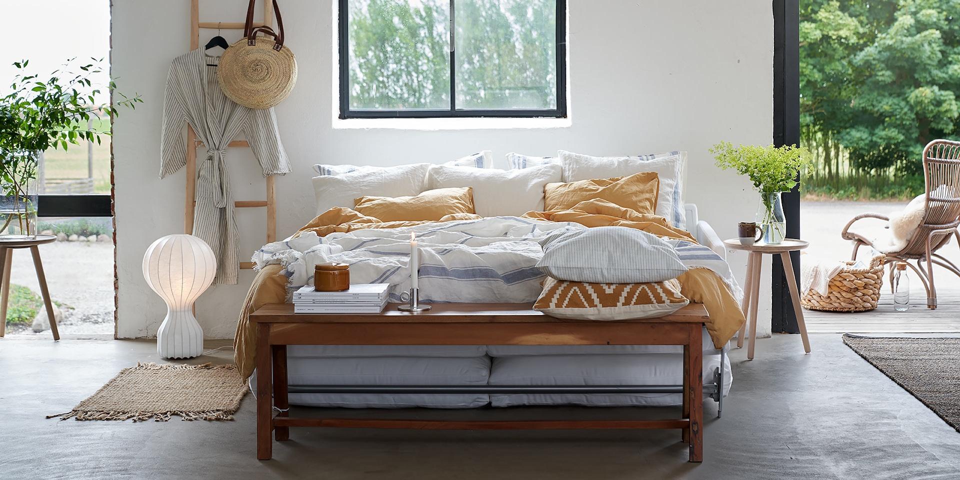 LUKAS_arrangement_sofa_bed4_caleido1420_white_6