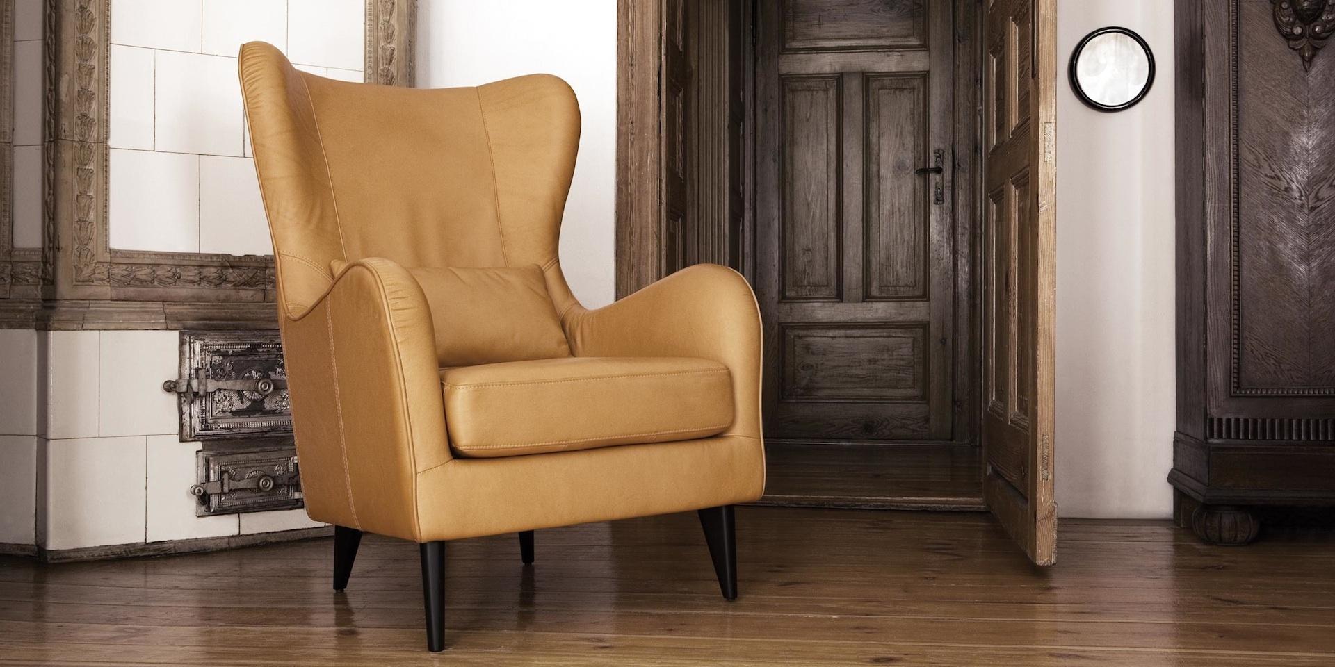 GRETA_arrangement_armchair_aniline_camel_3