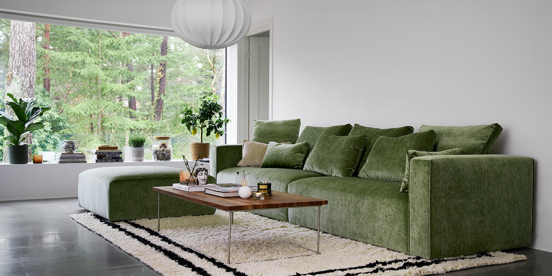 LIAM_arrangement_2seaterleft_2seaterright_footstool_elyot8_green_3